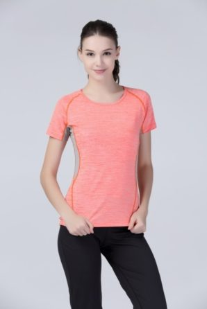 SPIRO's new women's fitness T shirt is ideal for sport and leisure